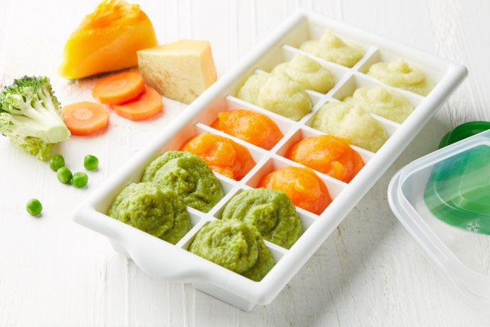 Making your own homemade baby food isn't as hard as you would think. Check out these tips!